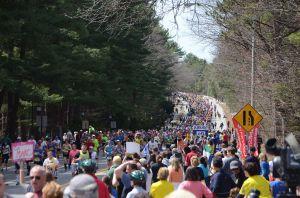2014_Boston_Marathon_crowds